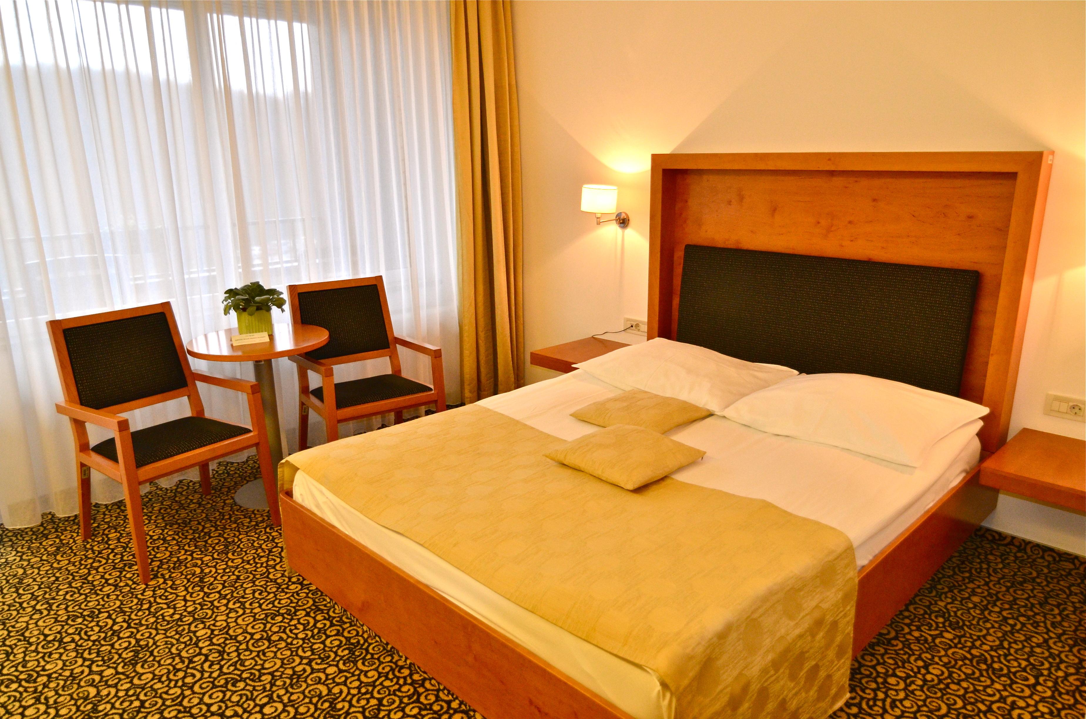 Camera doppia hotel vitarium superior terme for Superior hotel